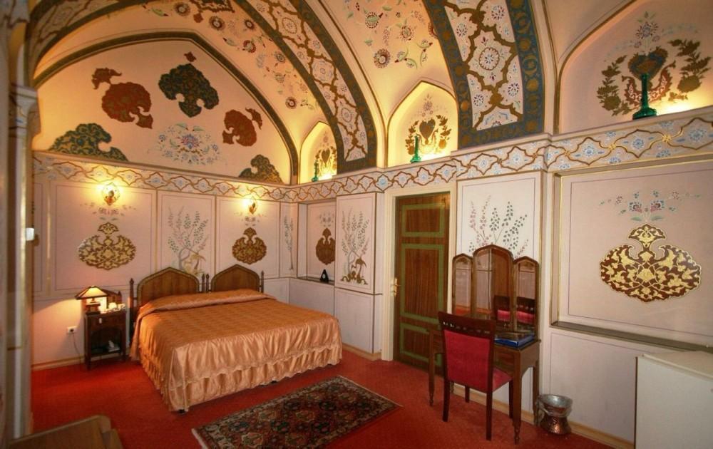 آشنایی با هتل چهلستون اصفهان