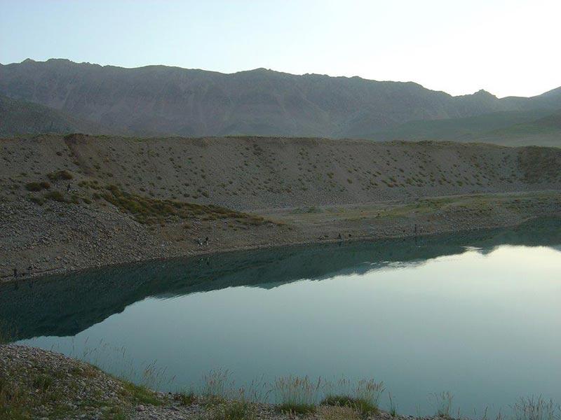 مکان های مناسب ماهیگیری - دریاچه سد لار