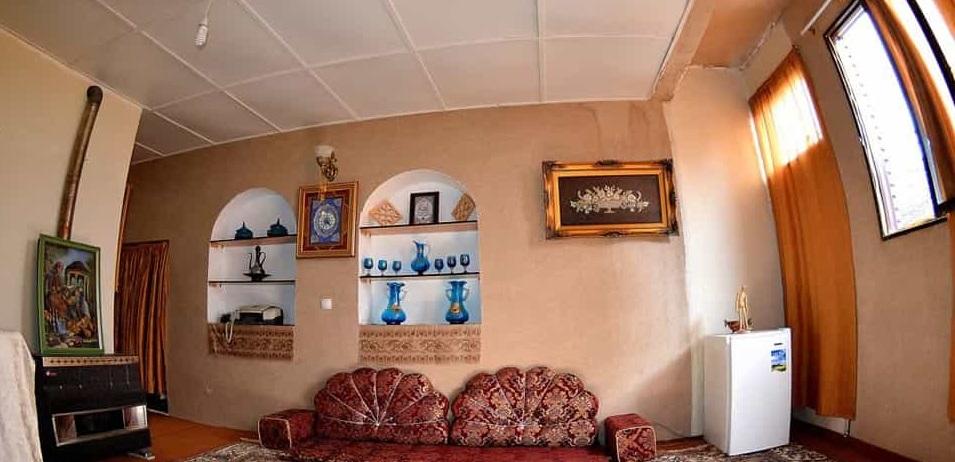 اقامتگاه بومگردی همدان