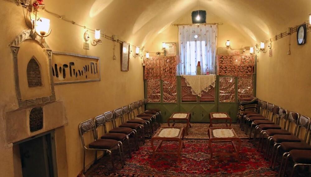 آرامگاه ابو علی سینا